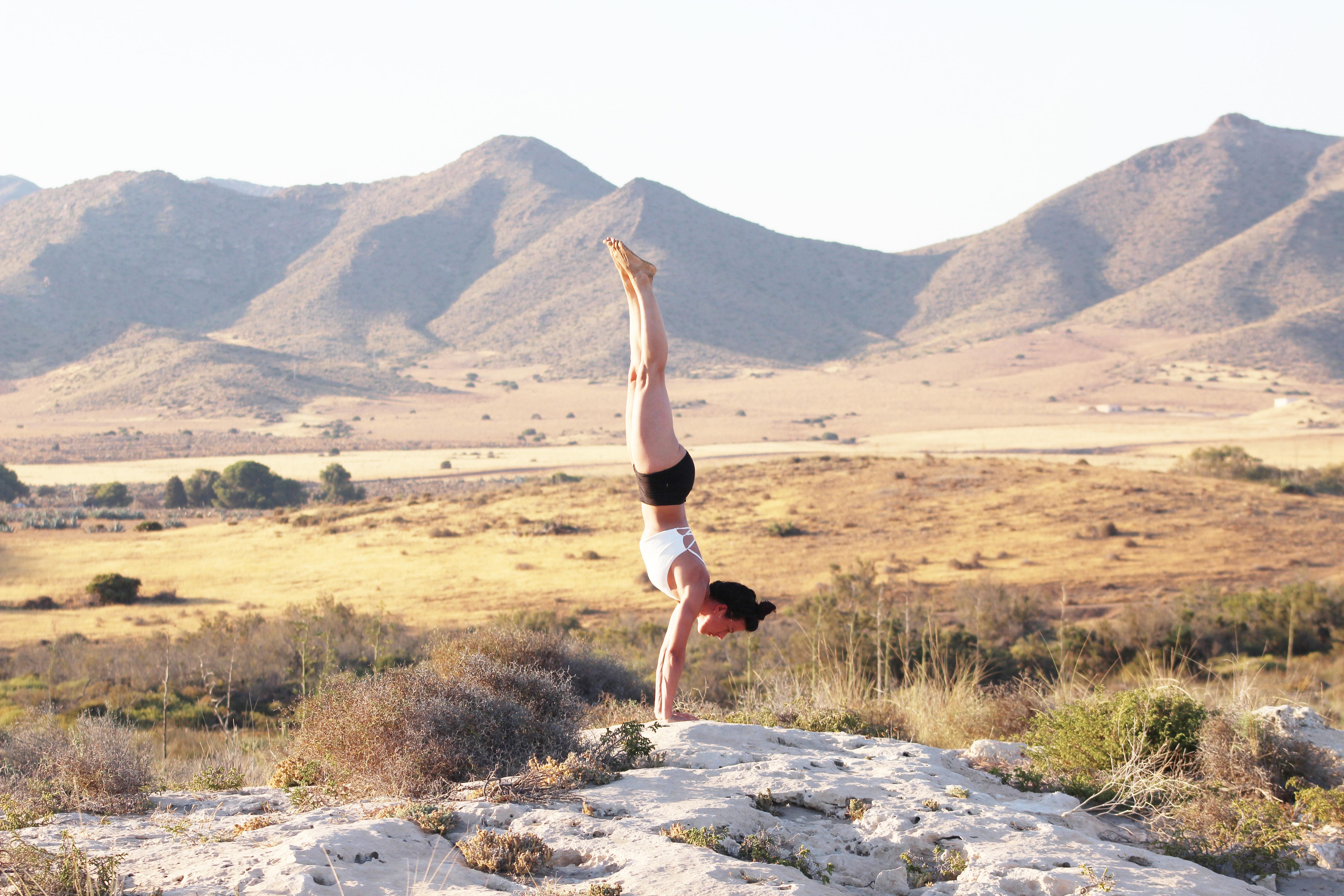 Yoga para muñecas y hombros
